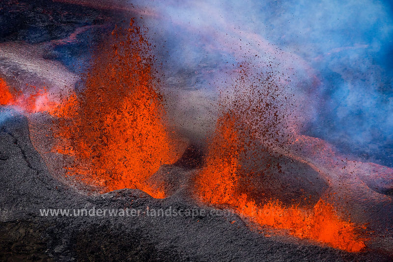Lava fountains from the sky