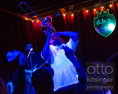 Glen David Andrews at DBA