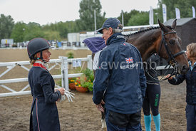 Ros Canter discussing her test with Chris Bartle