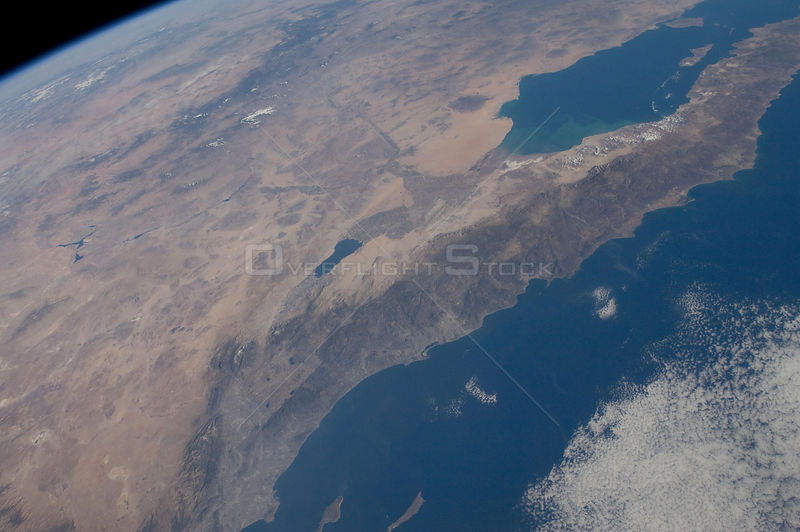 EARTH-USA-ISS-A001