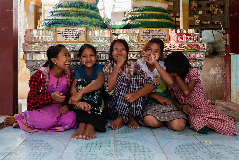 Laughing Schoolgirls at the Snake Pagoda