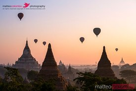 Ballons over the temples of Bagan at sunrise, Myanmar