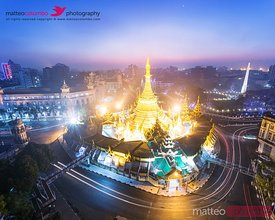 Sule pagoda at sunrise, Yangon, Myanmar