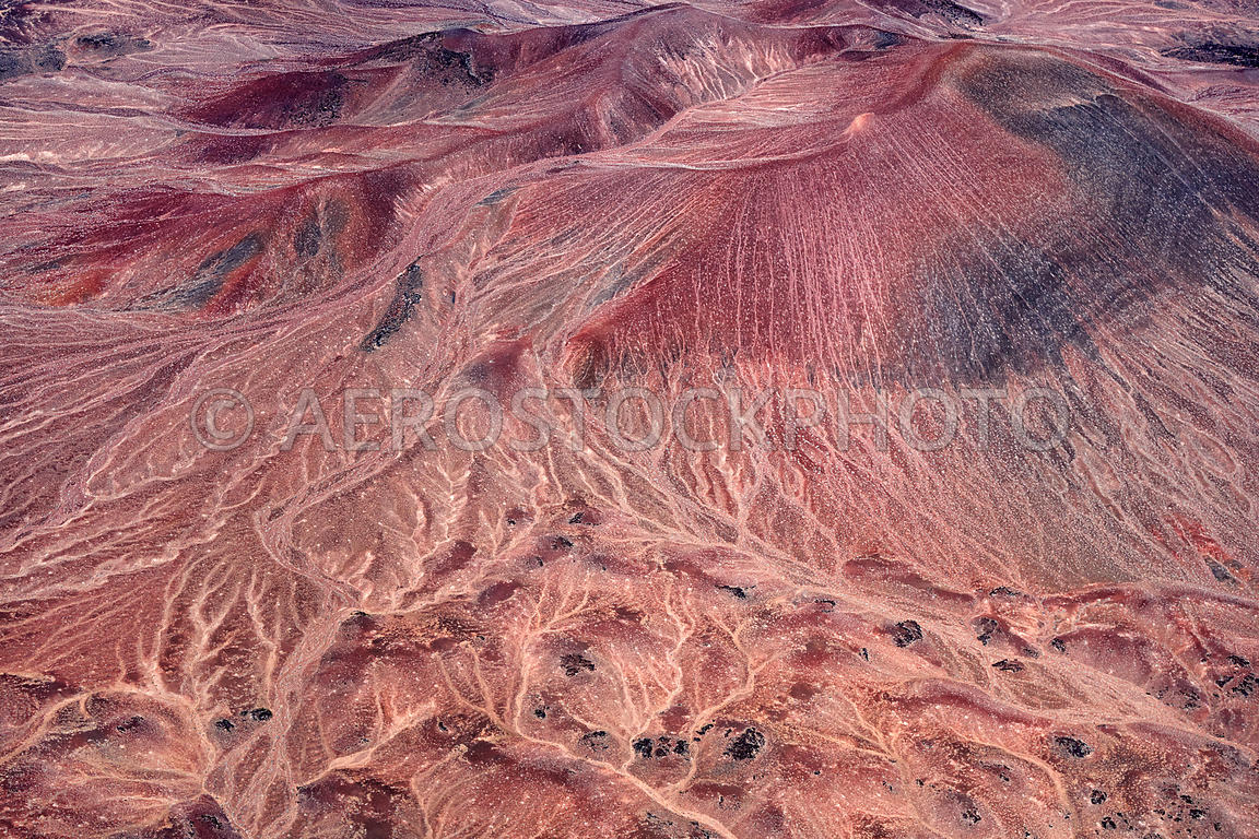 Dark Mountain or Shadow Mountain, Painted Desert north of the Little Colorado River east of the US89, Arizona, USA.