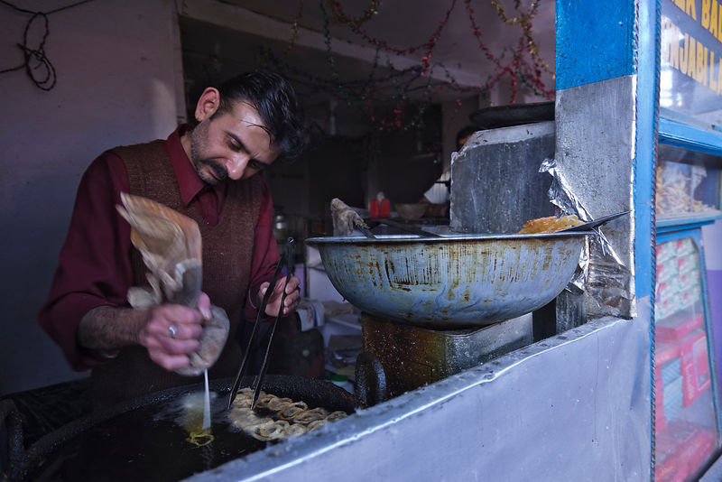 Shopkeeper Making Jalebi