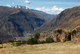 Choquetacca ruins above Inca quarries at Cachicata near Ollantaytambo, Sacred Valley, Peru