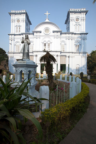 India - Chandannagar - The Sacred Heart Church of Chandannagar (l'Eglise du Sacré C?ur)
