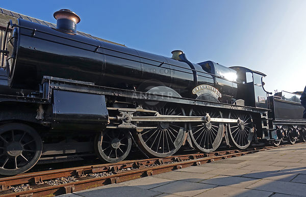 Steam loco new build Saint 2999 Didcot aka 2908