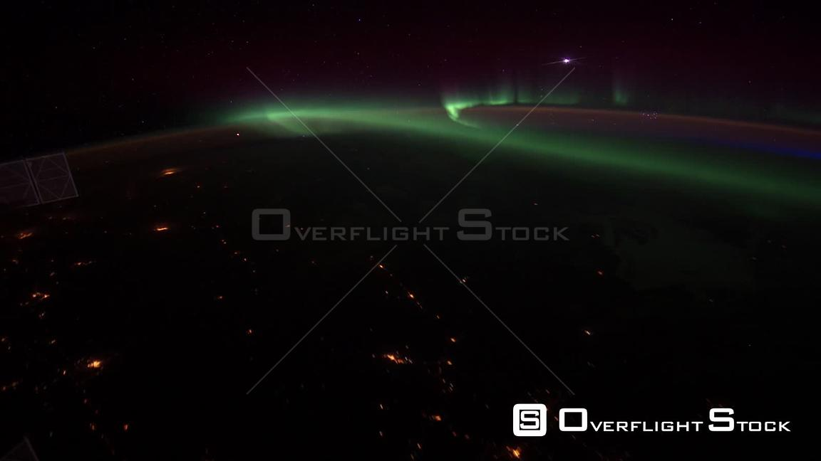 TimeLapse ISS Aurora Borealis North America 13 Apr 2012 from Space