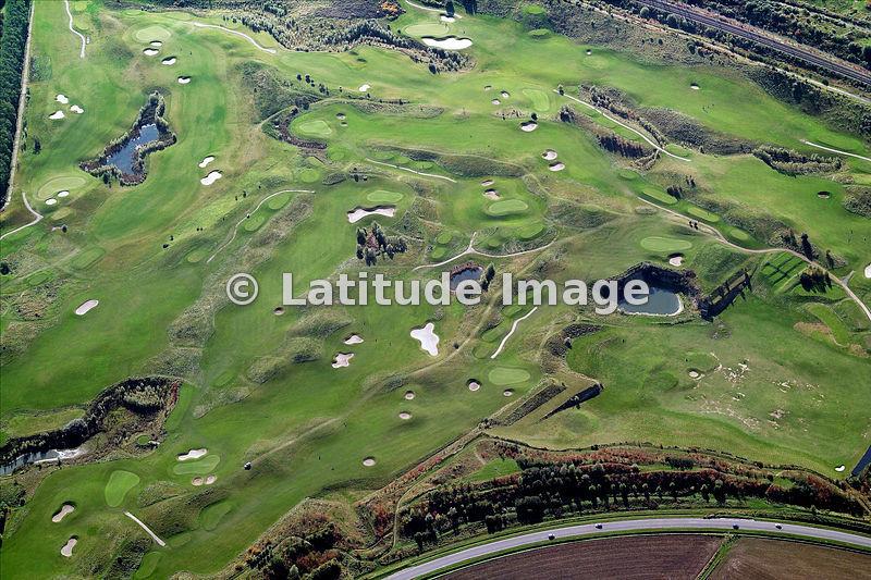 latitude image golf de lille metropole aerial photo. Black Bedroom Furniture Sets. Home Design Ideas