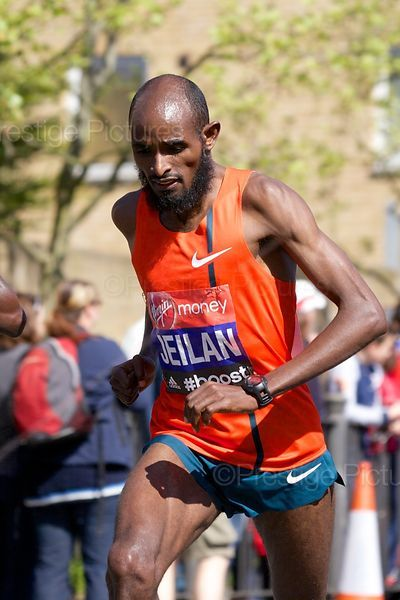 Ibrahim  Jeilan of Ethiopia Running in the Virgin Money 2014 London Marathon