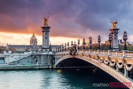 Bridge Alexandre III on the river Seine at dawn, Paris, France