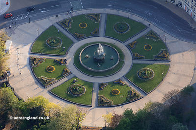 Queens Gardens & Fountain Hull