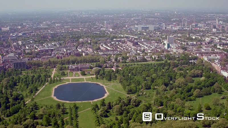 Aerial view of Kensington Gardens, Round Pond and Kensington Palace, London, United-Kingdom