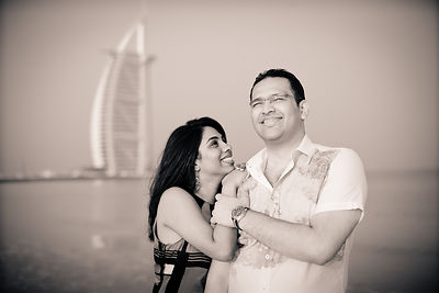 SEANCE D'ENGAGEMENT IN DUBAI photos