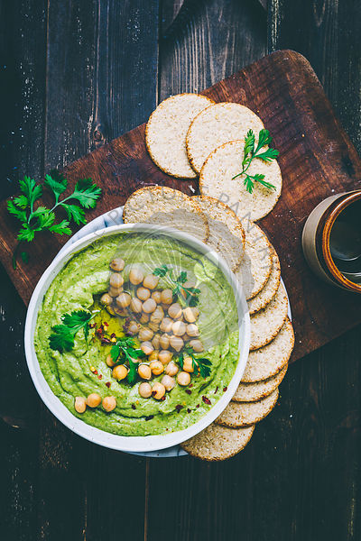 Avocado Hummus served with Oatcakes