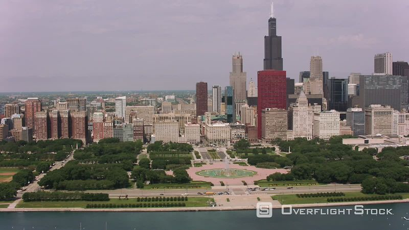 Chicago, Illinois Flying over Buckingham Fountain and downtown Chicago.  Shot with Cineflex and RED EpicW Helium.