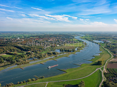 305335 | The Lower Rhine (Nether Rhine)  at Rhenen.