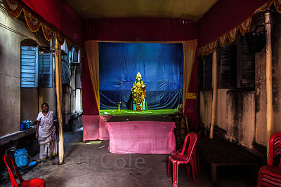 Brett cole photography durga puja photo gallery lakshmi remains after a durga puja pandal is disassembled in bowbazar kolkata india altavistaventures Images