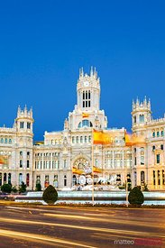 Plaza de Cibeles with fountain at night, Madrid, Spain
