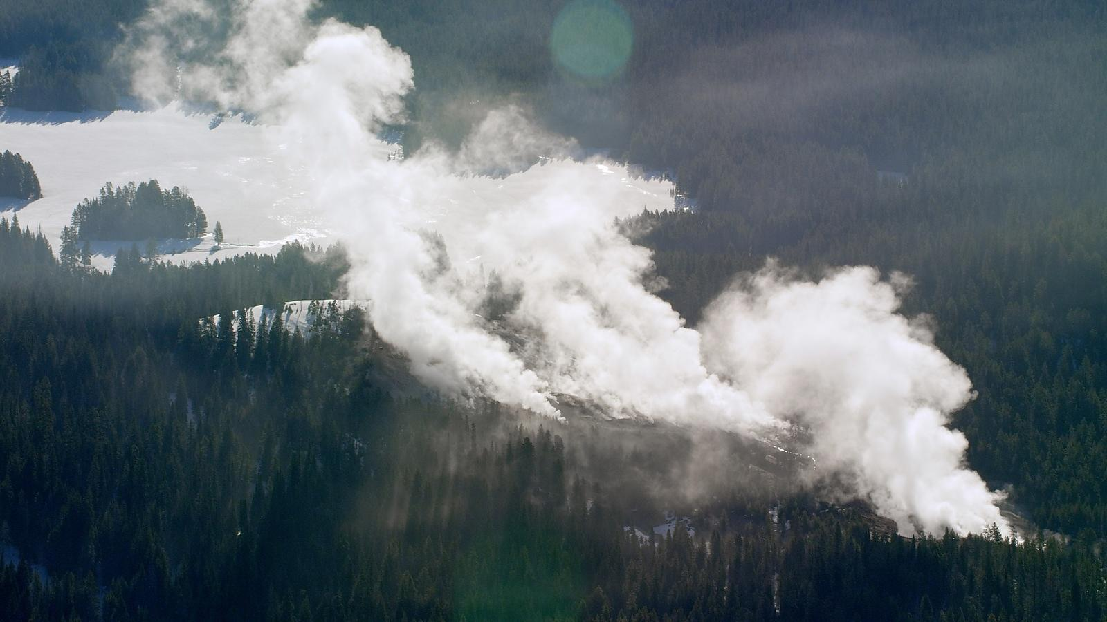 Yellowstone_Still_6