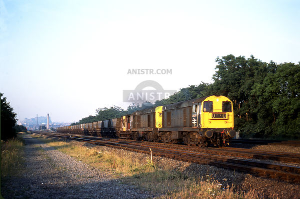 PHOTOS OF BR DIESEL LOCOMOTIVES photo, images