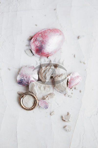 Cracked Egg DIY Photos