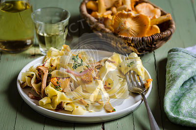 Pappardelle with chanterelle mushrooms and crispy speck