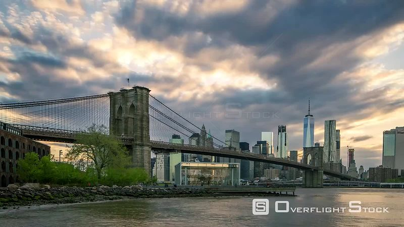 Timelapse of NYC Manhattan from Brookly Bridge