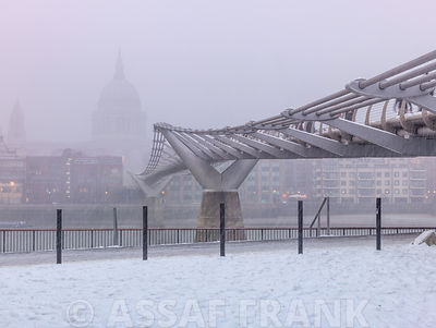 Millennium Bridge photos
