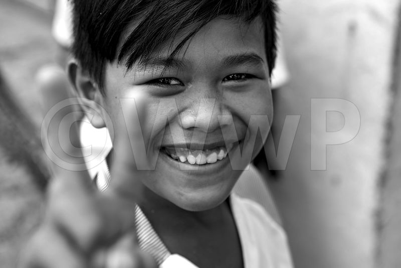 _W_P7426-Smile-of-Cambodian-boy