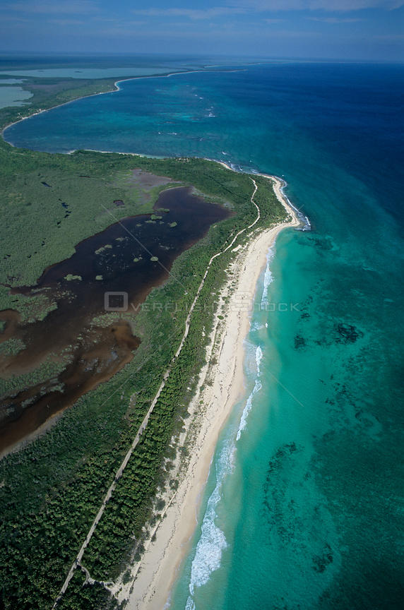Aerial view of coastal lagoon and barrier reef, Sian Ka'an Biosphere Reserve, Caribbean Sea, Mesoamerican Reef System, Mexico, January