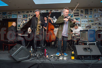 Sunny Bar 2013 Jam Session Nigel Kennedy & Groovin j5 photos