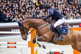 Paris, France, 17.3.2018, Sport, Reitsport, Saut Hermes - PRIX du 24 Faubourg Bild zeigt Denis LYNCH(IRL) riding All Star 5...17/03/18, Paris, France, Sport, Equestrian sport Saut Hermes - PRIX du 24 Faubourg. Image shows Denis LYNCH(IRL) riding All Star 5.