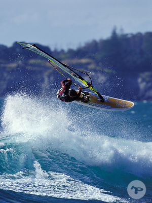 WINDSURF IN THE AZORES / WINDSURF AUX ACORES