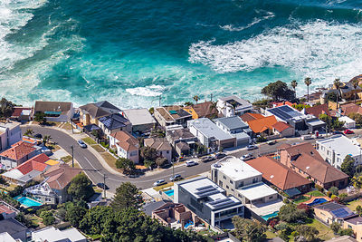 Mermaid Ave, Maroubra