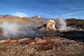 Geyser and geyserite mineral deposits at El Tatio geyser field, Region II, Chile