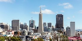 Transamerica pyramid and downtown San Francisco, USA