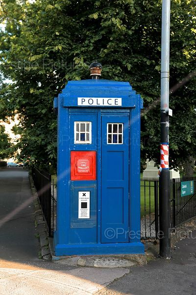 Police phone Box in Glasgow Street