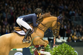 Bordeaux, France, 4.2.2018, Sport, Reitsport, Jumping International de Bordeaux - v. Bild zeigt Marie Valdar LONGEM (NOR) riding Algorhythem (5*)...4/02/18, Bordeaux, France, Sport, Equestrian sport Jumping International de Bordeaux - Grand Prix LAND ROVER .Trophée MAIRIE DE BORDEAUX. Image shows Marie Valdar LONGEM (NOR) riding Algorhythem (5*).