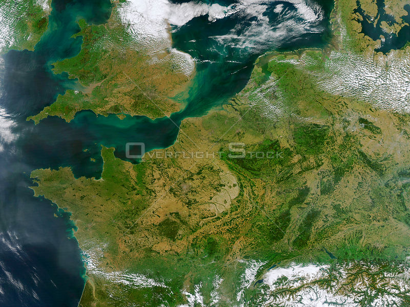 EARTH Western Europe -- 13 Sep 2002 -- This true-color MODIS image showcases Northern Europe. Shown are the United Kingdom, the Republic of Ireland,