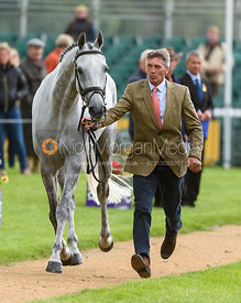 Andrew Nicholson and SWALLOW SPRINGS at the trot up, Land Rover Burghley Horse Trials 2018