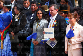 "President of the Senate Juan Alberto ""Gringo"" Gonzales holds a placard with the #MarParaBolivia hashtag during official ceremonies for Dia del Mar / Day of the Sea, La Paz, Bolivia"