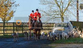 Huntsman and hounds arriving at the meet at Waterloo Lodge 19/11