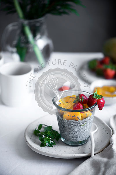 Chia puding with fruit