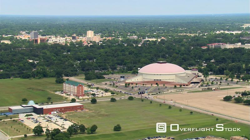Flight past Cajundome Arena and Convention Center in Lafayette, Louisiana.
