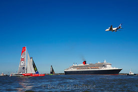 The Bridge 2017 - Saint-Nazaire le 25 juin 2017 - Départ de la Transat du centenaire - Queen Mary 2 et Trimarans Ultime - Passage de l'A380