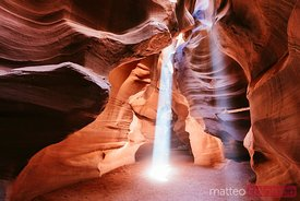 Light beams at Upper Antelope Canyon, USA