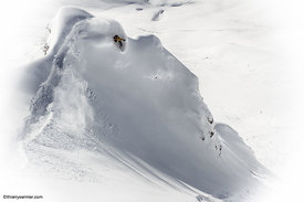 Emilien_badoux_freeride_snowboard_photo