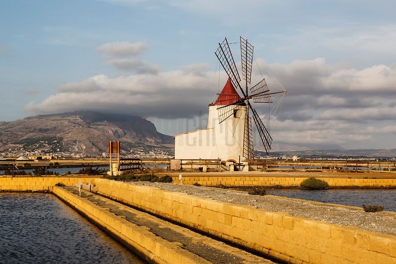 Windmills for Pumping Salt Water into Drying Ponds